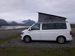 Pernottamento vicino a Vik in camper van
