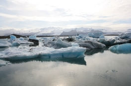 Laguna Jokuslaron con iceberg alla deriva