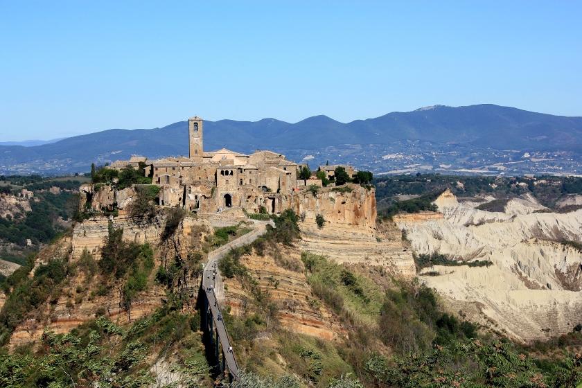 """Civita di Bagnoregio, """"la città che muore"""""""