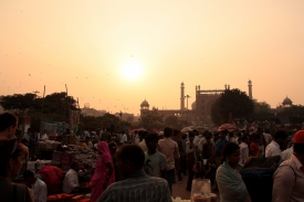 Mercato presso la Jama Majid