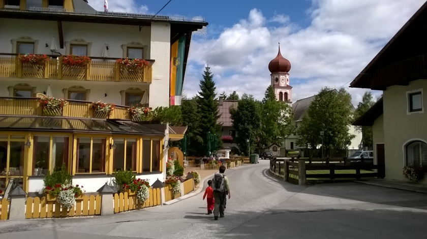 Sport Hotel Xander Leutash