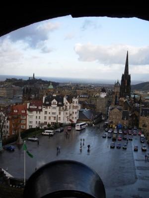 Edimburgo vista dal suo castello
