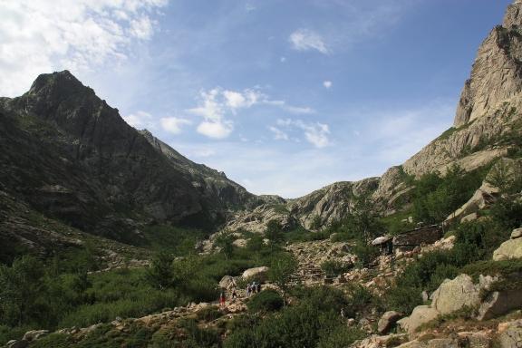 Panorama lungo il sentiero per Lac Melo