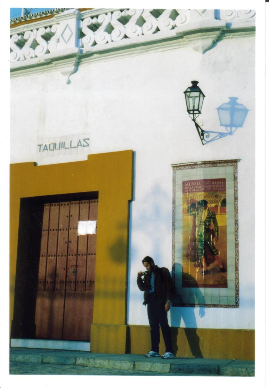 Manifesto in Plaza de Toro a Siviglia