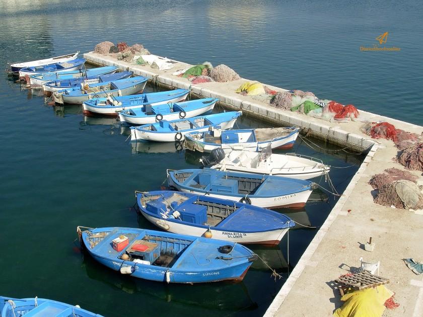 barche e reti dei pescatori