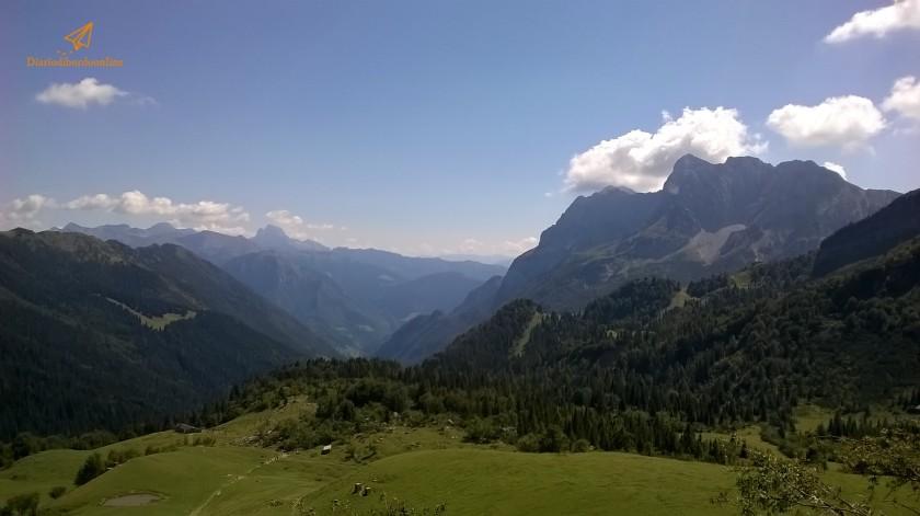 Vista al Rifugio Alpe Corte